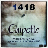 Photo taken at Chipotle Mexican Grill by TEC I. on 12/23/2012
