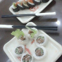 Photo taken at Sushi Donbouri by Citra D. on 8/19/2013