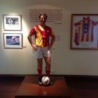 4/12/2013 tarihinde İzel S.ziyaretçi tarafından Galatasaray Müzesi'de çekilen fotoğraf