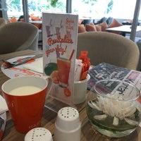 Photo taken at cafetaria Harris Hotel Kelapa Gading by Fidya R. on 10/2/2017