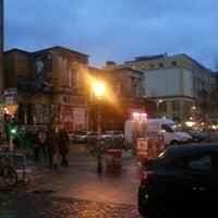 Das Foto wurde bei Rote Flora von Federico R. am 12/15/2012 aufgenommen