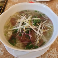 Photo taken at Viet Flavour by Andrew K. on 9/21/2013