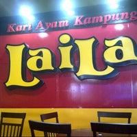 Photo taken at Restoran Sunbulah by Fazli G. on 6/6/2013