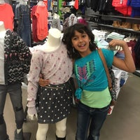 Photo taken at Old Navy by Eunice B. on 1/23/2016