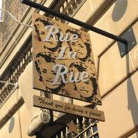 6/13/2017 tarihinde Amy G.ziyaretçi tarafından Rue La Rue Café'de çekilen fotoğraf
