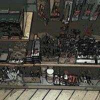 Das Foto wurde bei Cass Art von Denise am 10/26/2012 aufgenommen