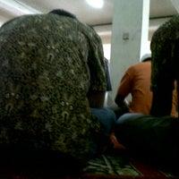 Photo taken at Masjid As Salam Kantor Samsat Banjarmasin by Ahyar A. on 2/21/2014