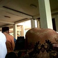Photo taken at Masjid As Salam Kantor Samsat Banjarmasin by Ahyar A. on 2/7/2014