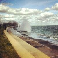 รูปภาพถ่ายที่ Promontory Point Park โดย Leland R. เมื่อ 10/28/2012