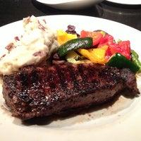 Foto tirada no(a) The Keg Steakhouse & Bar por Joon em 3/18/2013