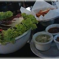 Foto tirada no(a) Cabaña Restaurante por Daniella B. em 3/16/2014