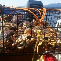 Photo taken at Deep Cove Outdoors by kris v. on 5/11/2014