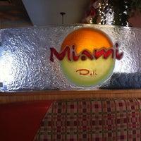 1/4/2013 tarihinde Carey L.ziyaretçi tarafından Miami Deli'de çekilen fotoğraf