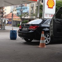 Photo taken at Shell Select by Alexandre A. on 12/31/2013