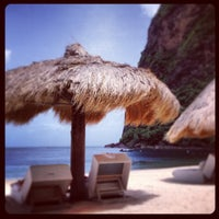 Photo taken at Sugar Beach, A Viceroy Resort by Fitz O. on 6/16/2013