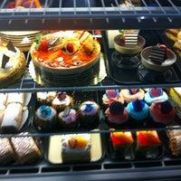 Foto tomada en La Gran Uruguaya Bakery por Stephanie P. el 11/22/2012