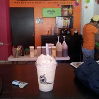 Photo taken at Snowtea Suc. 17 by Anarbol L. on 10/5/2012