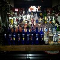 Foto scattata a JR's Bar & Grill da Mariano il 11/23/2012