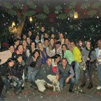 Foto tomada en Las Páginas Verdes por Gab V. el 12/27/2012