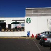 Photo taken at Starbucks by Philipe  M. on 5/5/2013