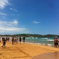 Foto tirada no(a) Praia de Geribá por Henrique S. em 1/20/2013