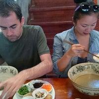 Photo taken at Yunnan Guoqiao Snack by Ziyan C. on 9/17/2014
