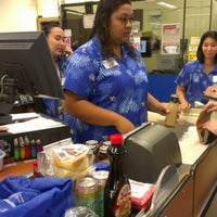 Foto tomada en KTA Super Stores por Nancy Cook L. el 10/17/2012