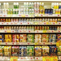 Photo taken at アプロ 宇治店 by Yuenyi L. on 9/21/2016