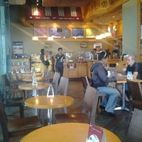 Photo taken at The Coffee Bean & Tea Leaf by Anthony S. on 12/19/2012