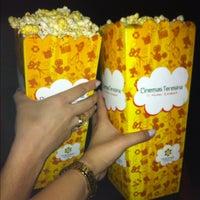 Foto tirada no(a) Cinemas Teresina por Karla D. em 10/14/2012