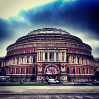 Foto scattata a Royal Albert Hall da Num C. il 1/15/2013