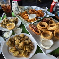 Photo taken at Buffalo Wings & Rings by Chiefmahoo on 12/30/2014