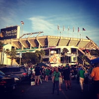 Photo prise au Hard Rock Stadium par Traci C. le1/7/2013