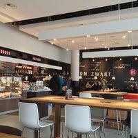 Foto tomada en Nationale-Nederlanden Douwe Egberts Café por Marloes H. el 3/21/2013