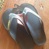 Photo taken at Havaianas by Rian C. on 4/4/2014