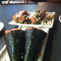 รูปภาพถ่ายที่ Shinkai Sushi โดย Fabiana R. เมื่อ 3/9/2013