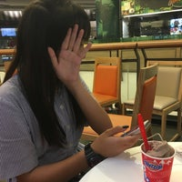 Photo taken at Dairy Queen by Baifern1a .. on 3/11/2017