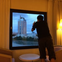 Photo taken at Hotel Sanderson by gantyo 1. on 9/26/2015