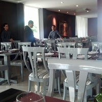 Foto tirada no(a) Sobreiro Restaurante por Iuri A. em 2/15/2013