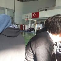 Photo taken at Necip Fazıl Kısakürek Anadolu Lisesi by Oğuzhan Ş. on 10/13/2017