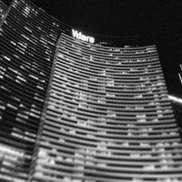 Foto tomada en Vdara Hotel & Spa por Matthew G. el 2/18/2013