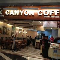 Photo taken at Black Canyon Coffee by Thawatchai M. on 11/22/2012