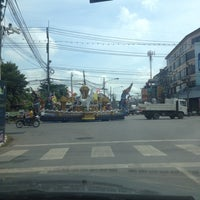 Photo taken at Saeng Phet Intersection by Poupée T. on 11/5/2012