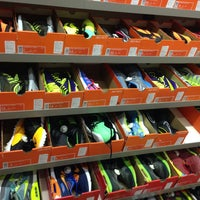 Photo taken at Nike Дисконт Центр by Екатерина С. on 3/22/2015