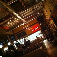 1/24/2013 tarihinde Brian M.ziyaretçi tarafından Punch Bowl Social'de çekilen fotoğraf