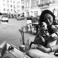 Снимок сделан в Кальян бар Fog area пользователем Viktoriia D. 6/22/2016
