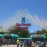 Photo taken at Six Flags Hurricane Harbor by Gabo H. on 5/27/2013