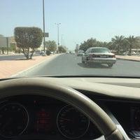 Photo taken at اشارة فحيحيل by ᴺᵃˢᶦʳ ᴬᶫᵂᵃʰᶦᵇ on 3/14/2017
