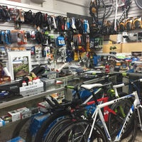 Photo taken at Total Bike by Chava S. on 3/29/2017