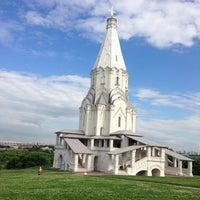 6/18/2013 tarihinde Greggziyaretçi tarafından Kolomenskoje'de çekilen fotoğraf